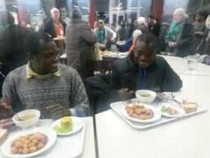 deux séminaristes à table !